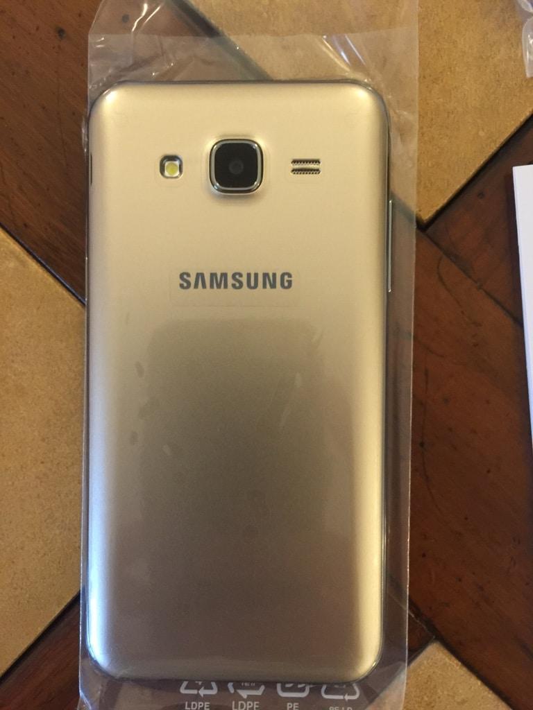 Samsung Galaxy J5 6